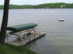 Enjoy boating or just relaxing by the water at King Birch Motor Lodge hotel, Lake Winnipesaukee, New Hampshire.