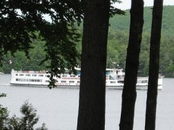 The M/S Mount Washington has day, evening, and dinner cruises from Spring through Fall on New England's largest lake, Lake Winnipesaukee, New Hampshire.